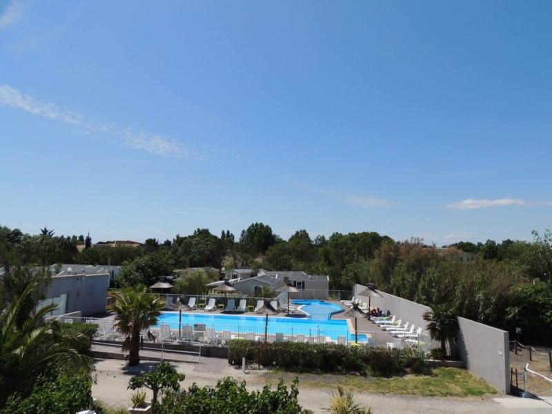 La piscine du camping la pepiniere au grau d 39 agde for Piscine pepiniere